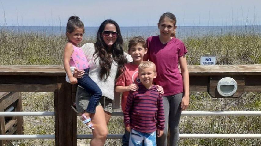 Jenelle Evans mit ihren Kindern, Mai 2020