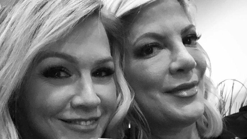Jennie Garth und Tori Spelling im November 2019
