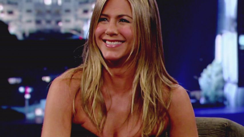 Jennifer Aniston liebt ihre neuen Kurven