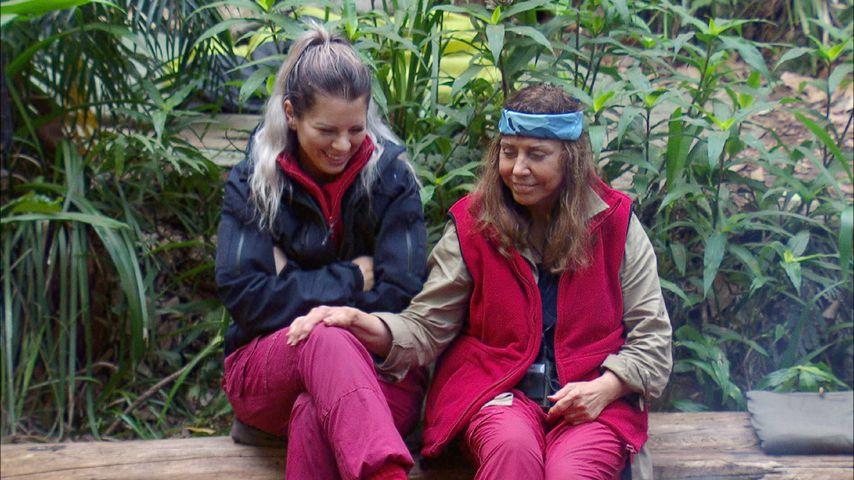 Jennifer Frankhauser und Tina York im Dschungelcamp an Tag 15