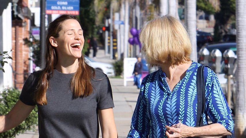 Jennifer Garner: Lustiger Ausflug mit Ex-Schwiegermutter!