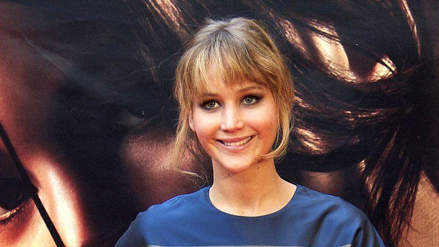 Jennifer Lawrence: Unförmig im Beckham-Kleid