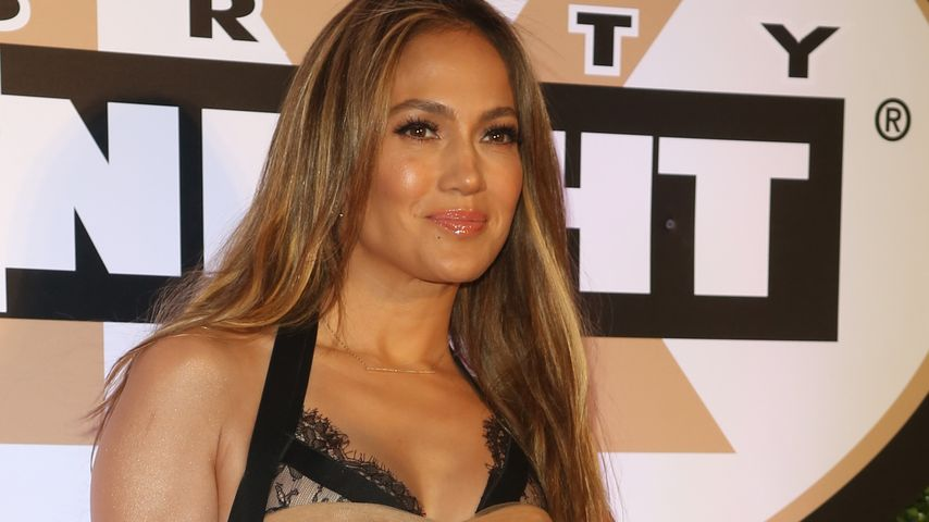 Jennifer Lopez ganz ladylike im Tüll-Dress