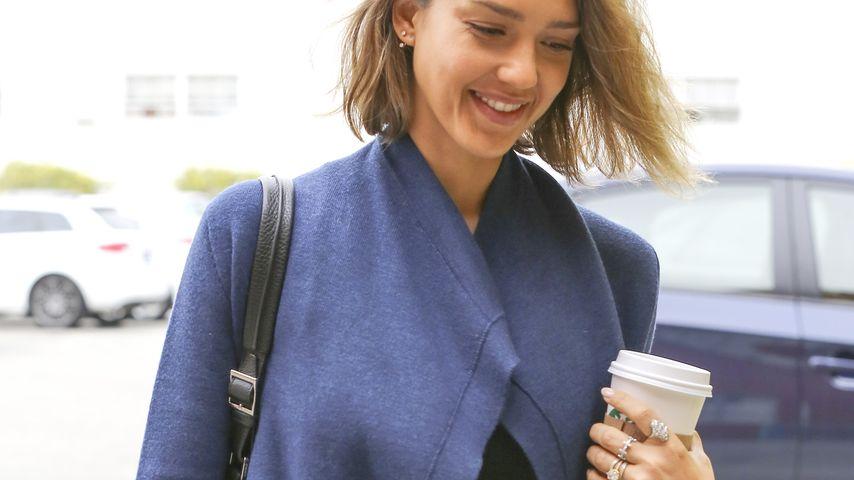 "Jessica Alba auf dem Weg in ihre Firma ""The Honest Company"""