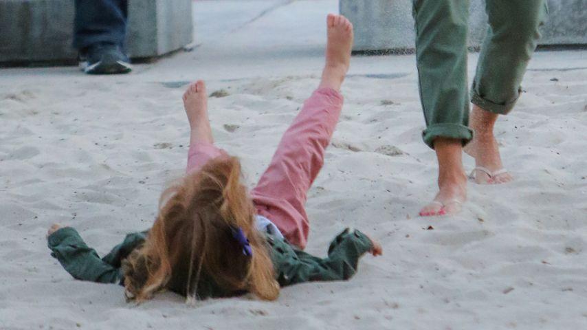 Autsch! Schaukel-Unglück bei Jessica Albas Tochter