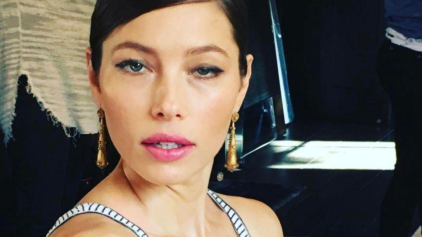 Bei den Golden Globes: War Jessica Biel etwa betrunken?