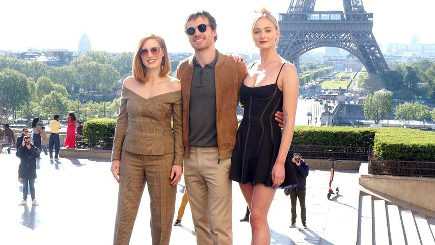 "Jessica Chastain, Michael Fassbender und Sophie Turner beim ""X-Men""-Photocall in Paris"