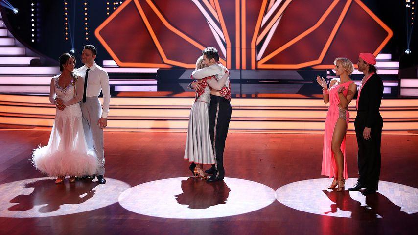 """Jessica Paszka, Iris Mareike Steen und Chakall mit ihren """"Let's Dance""""-Partnern"""