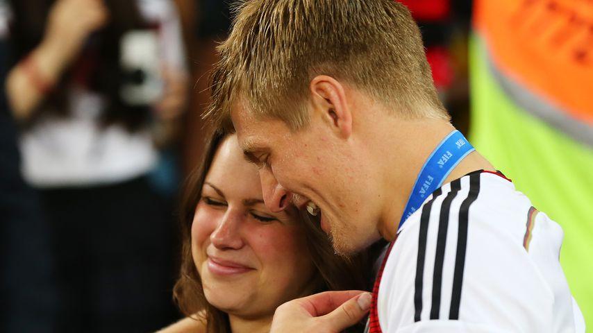 Jessica und Toni Kroos nach dem WM-Finale 2014