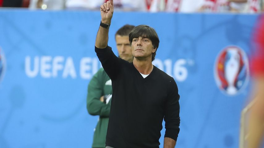 Joachim Löw beim EM-Spiel gegen Polen