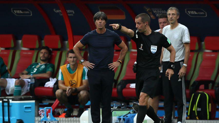 Joachim Löw während des WM-Spiels Deutschland gegen Südkorea
