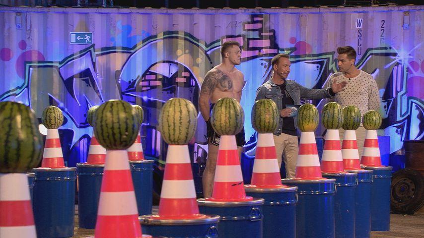 """Jochen Bendel (M.) mit Michael Smolik und Eloy de Jong bei """"Promi Big Brother"""""""