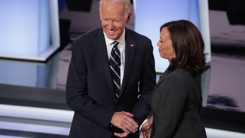 Joe Biden und Kamala Harris bei er Debatte in Detroit im Juli 2019