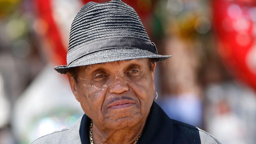Schon in zwei Tagen: Joe Jacksons Familie plant Trauerfeier
