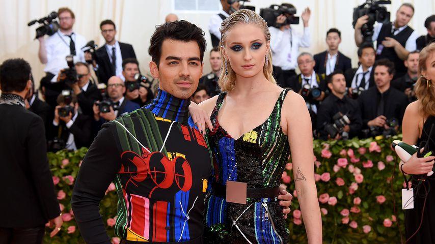 Sophie & Joe Jonas: Schriller Auftritt nach ihrer Hochzeit!