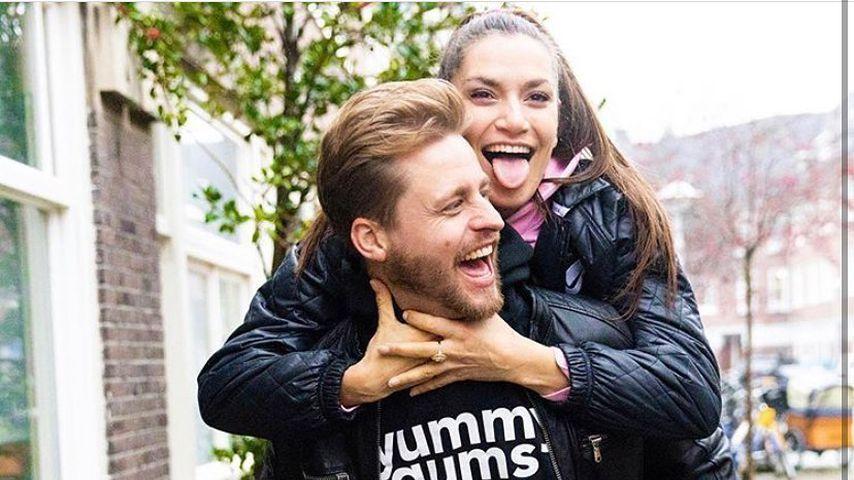 Joel de Tombe mit seiner Freundin Jesseli