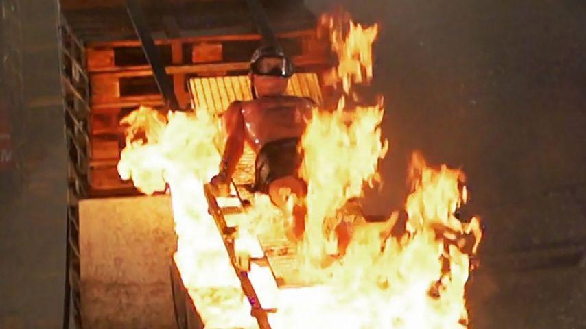 """Joey Heindle bei seiner Mutprobe für """"Crash Test Promis"""""""