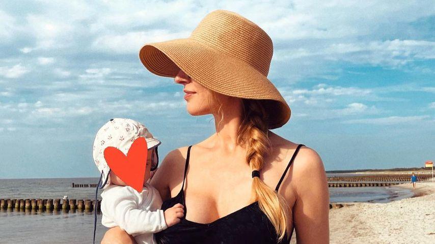 Johanna Völkel mit ihrer Tochter Rosenrot