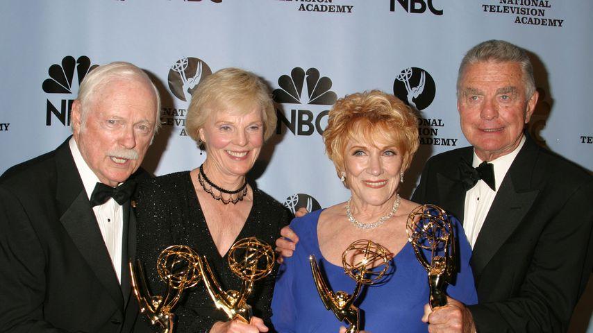 John Clarke, Rachel Ames, Jeanne Cooper und RayMacDonnell bei den Emmy Awards, 2004