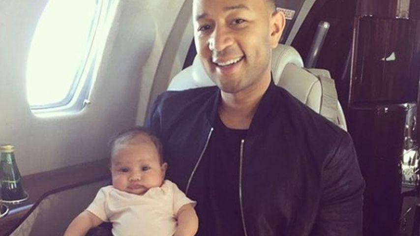 John Legend mit seinem Sohn