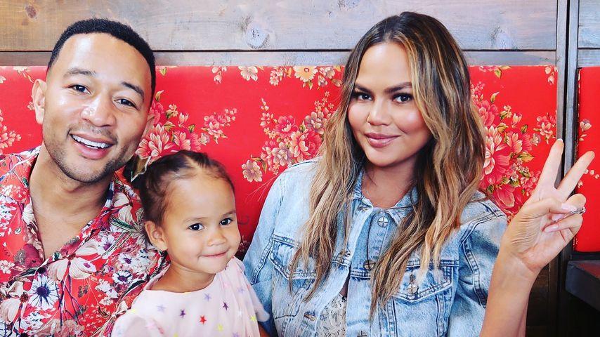 John Legend, Töchterchen Luna und Chrissy Teigen im März 2019