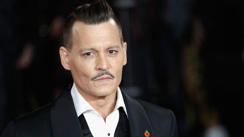 """Johnny Depp nach """"Frauenschläger""""-Urteil vor Karriere-Aus?"""
