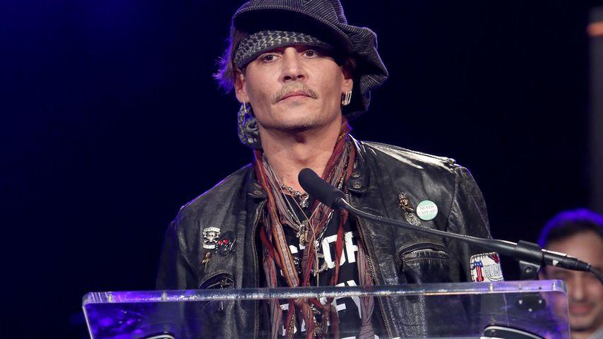 Nach Verschwendungs-Vorwurf: Johnny Depp schießt zurück!