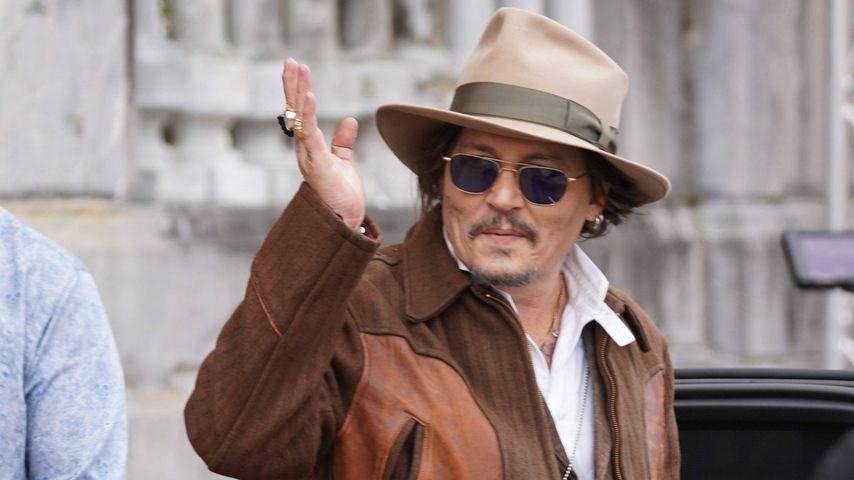 Trotz Amber-Drama: Johnny Depp ist happy bei Filmfestival