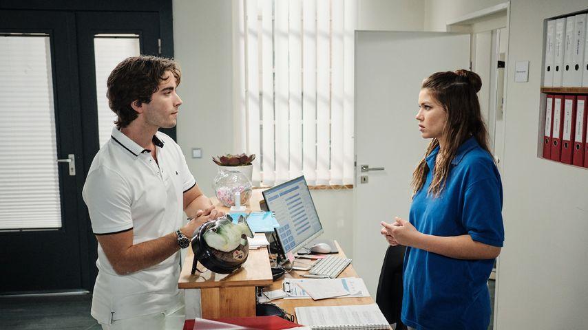 """Sebastian (Jonathan Elias Weiske) und Vivien (Sharon Berlinghoff) bei """"Unter uns"""""""