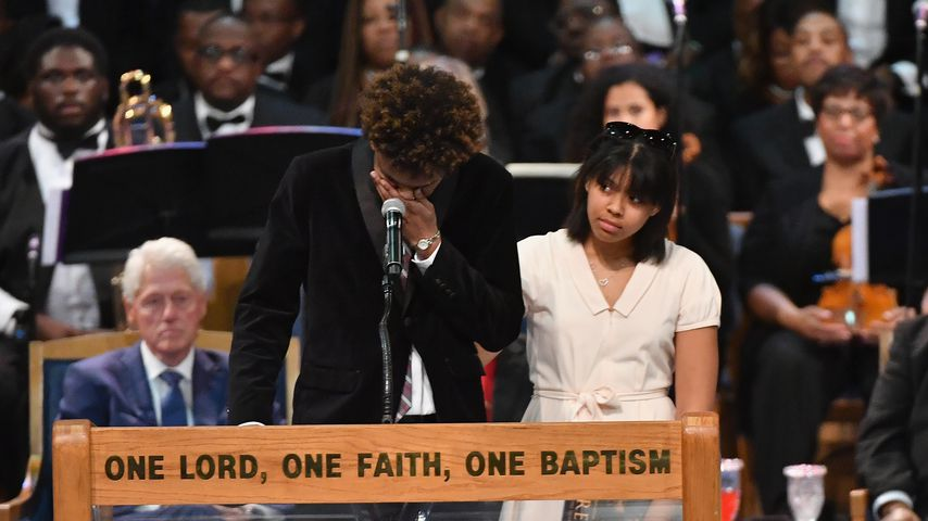 Jordan und Victorie bei der Trauerfeier ihrer Großmutter Aretha Franklin