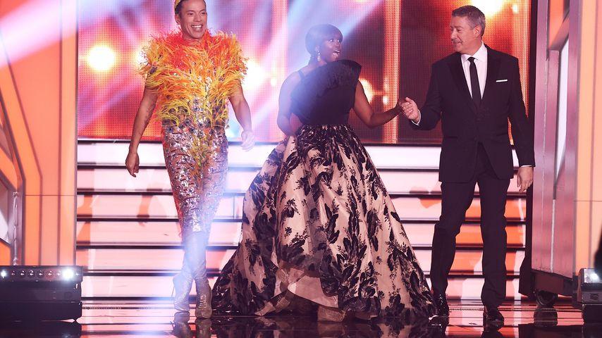 "Jorge González, Motsi Mabuse and Joachim Llambi bei ""Let's Dance"" 2021"