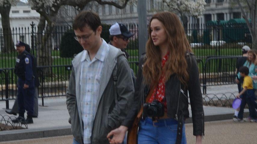 """Joseph Gordon-Levitt und Shailene Woodley in einer Szene des Films """"Snowden"""""""