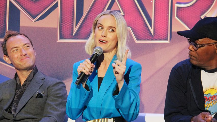 """Jude Law, Brie Larson und Samuel L. Jackson bei einer """"Captain Marvel""""-Pressekonferenz"""