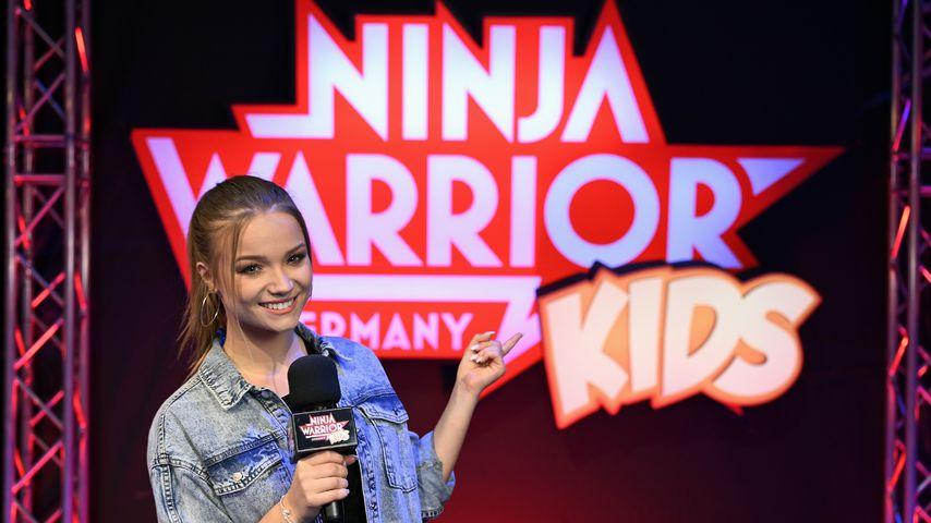 "Julia Beautx als Moderatorin bei ""Ninja Warrior Germany Kids"""
