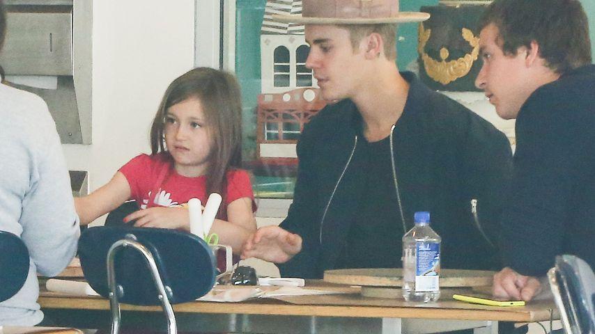 Lecker Pfannkuchen! Jazmyn & Justin Biebers süßer Trip