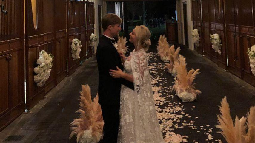 400 Arbeitsstunden: So aufwendig war Kaley Cuocos Brautkleid