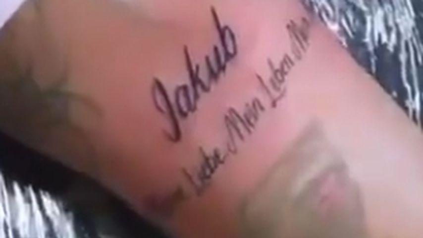 Kate Merlans Liebes-Tattoo