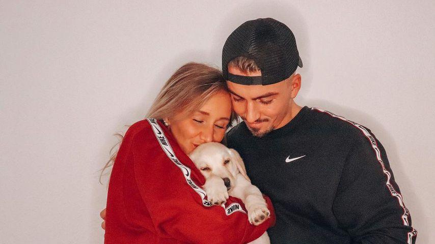 Katharina Wagener und Kevin Yanik mit ihrem Hund Louie