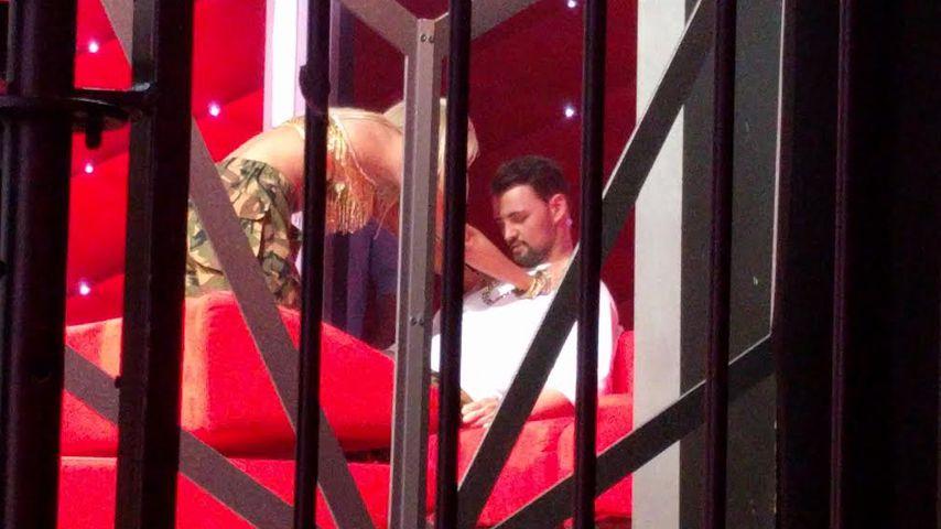 """Kathrin Menzinger und Heinrich Popow backstage bei """"Let's Dance"""""""