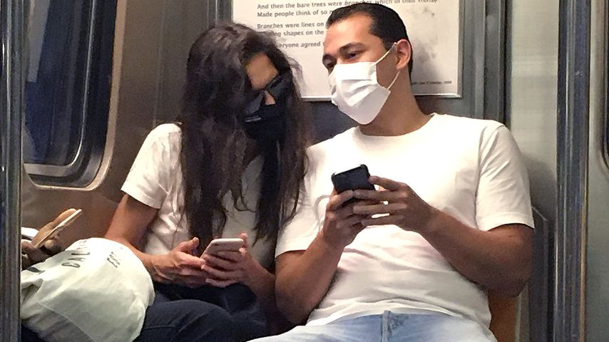 Katie Holmes und Emilio Vitolo Jr. in NYC im Oktober 2020