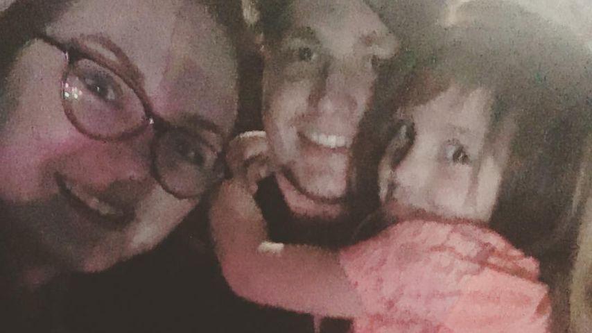Katie Yeager, Töchterchen Molli und Freund Mr. Thayn