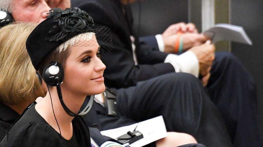 Katy Perry bei einer Rede von Papst Franziskus