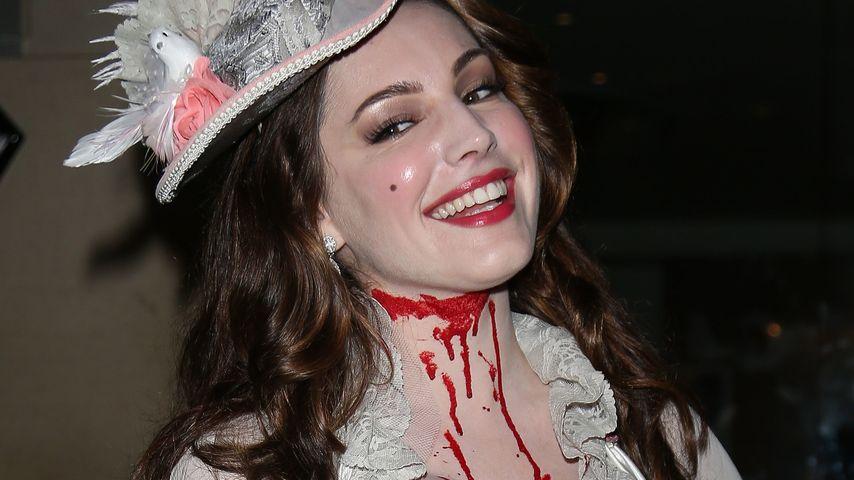 Schaurig schön! Kelly Brooks sexy Halloween-Kostüm