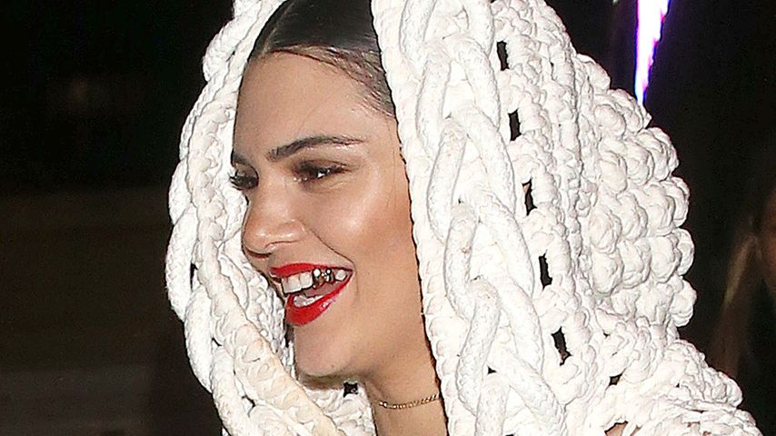 Bling Bling: Kendall Jenner hat jetzt einen Proll-Gold-Zahn