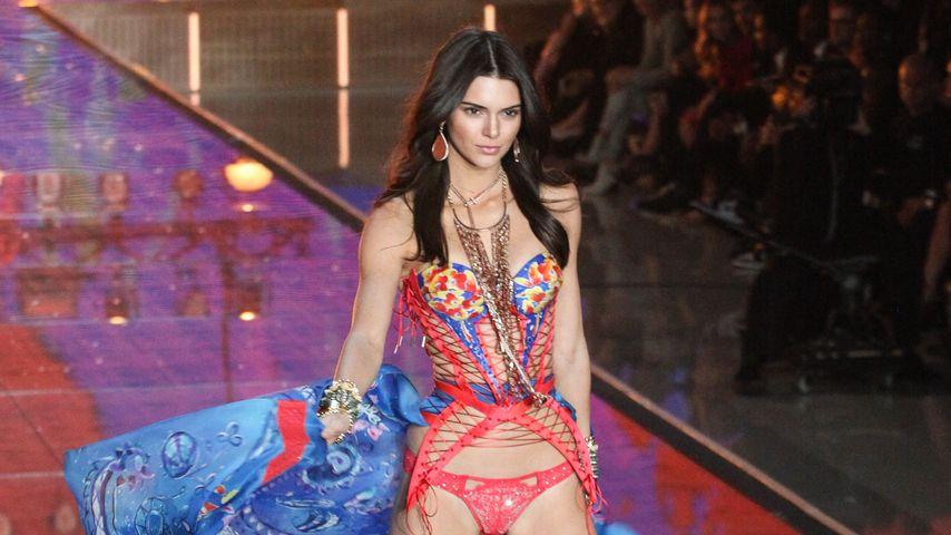 "Kendell Jenner bei der ""Victoria's Secret""-Show"