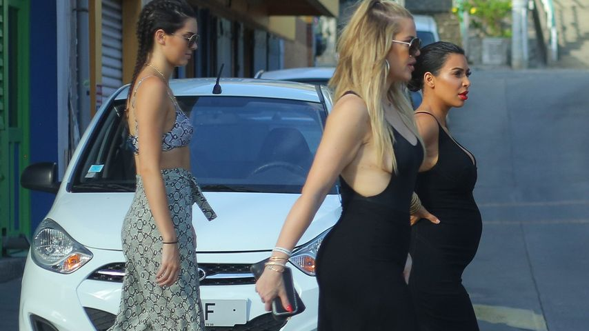 Baby-Bauch & Sideboob: Style-Duell bei Kim, Kendall & Khloe