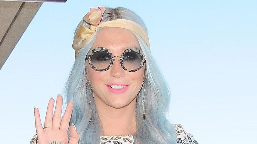 Blumenmädchen: Kesha kennt den Super-Sommerlook