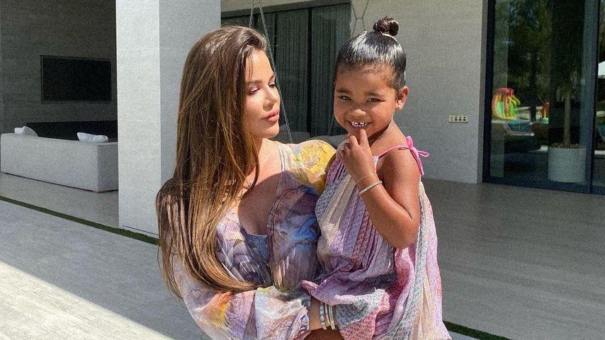 Khloé Kardashian mit Töchterchen True