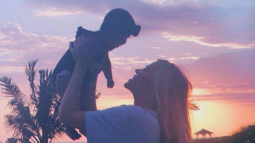 Khloe Kardashian (rechts) und ihre Tochter True Thompson