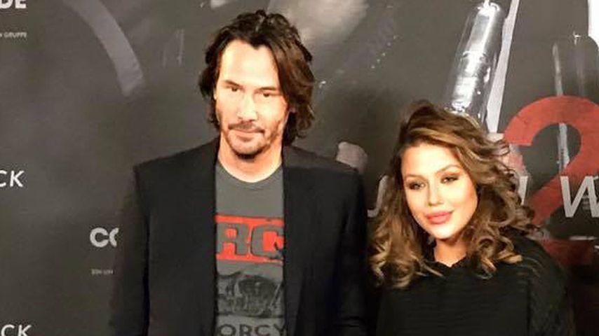 Weiche Knie bei Kim Gloss: Was geht da mit Keanu Reeves?